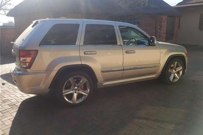 Jeep Grand Cherokee SRT8 Alpine 2010