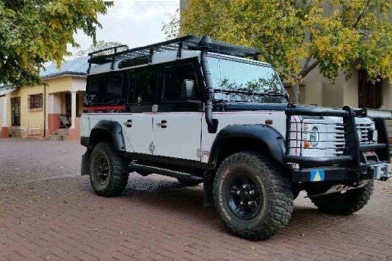 Land Rover Defender 110 TD5 Cars for sale in Gauteng | R 200 000 on