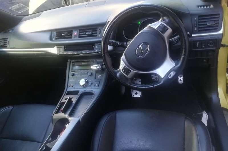 Lexus CT 200h E 2013