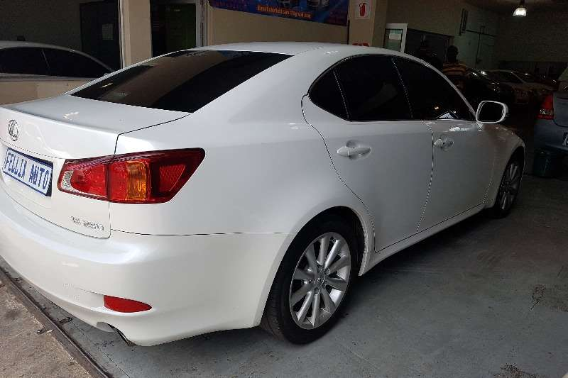 2010 lexus is 250 automatic sedan ( petrol / rwd / automatic ) cars