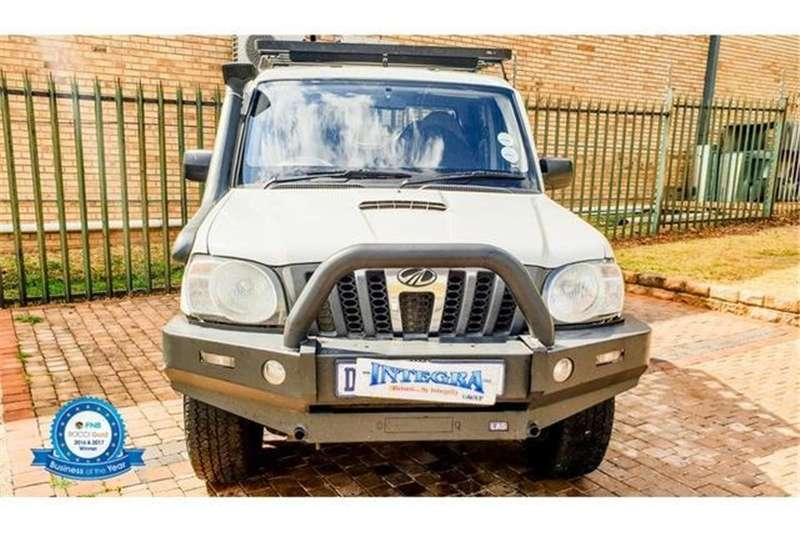 Mahindra Scorpio Pik-up 2.2CRDe double cab 4x4 Adventure 2014