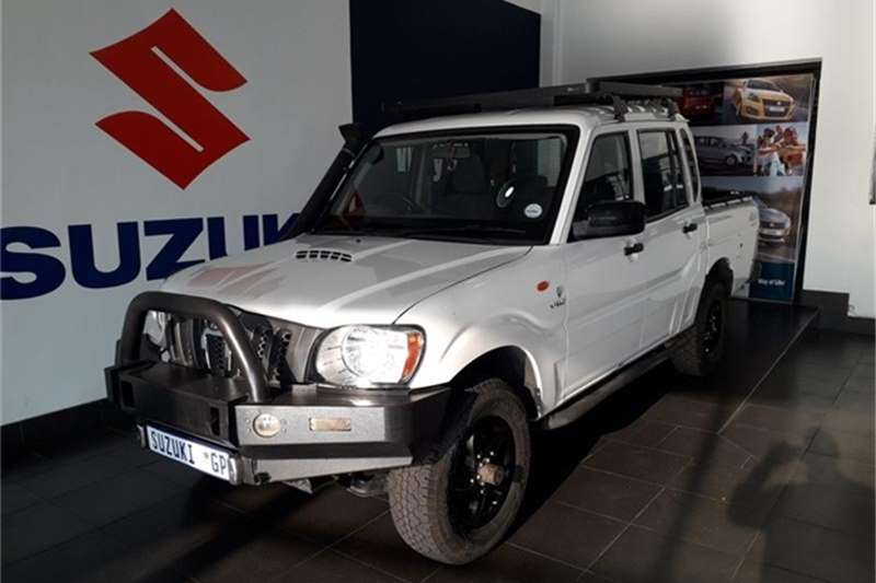 Mahindra Scorpio Pik-up 2.2CRDe double cab 4x4 Adventure 2015
