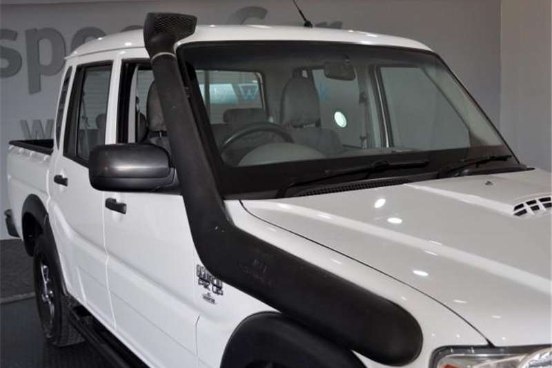 Mahindra Scorpio Pik-up 2.2CRDe double cab 4x4 Adventure 2015