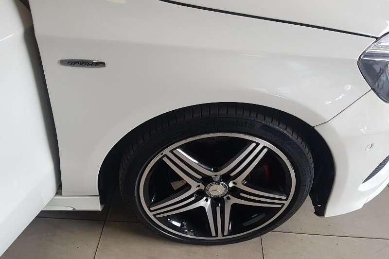 Mercedes Benz 180B A250 2015