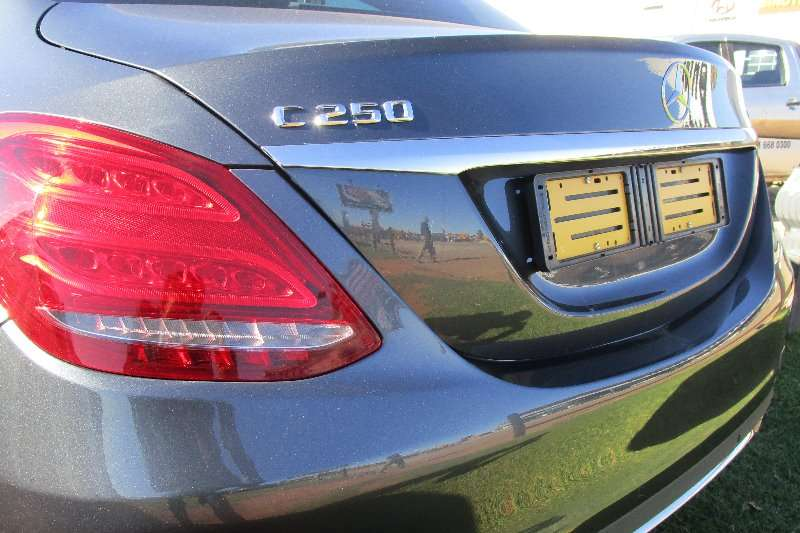 2015 Mercedes Benz C Class C250 BlueTec Avantgarde