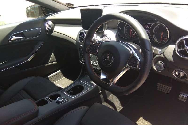 Mercedes Benz CLA 200d AMG Line auto 2017