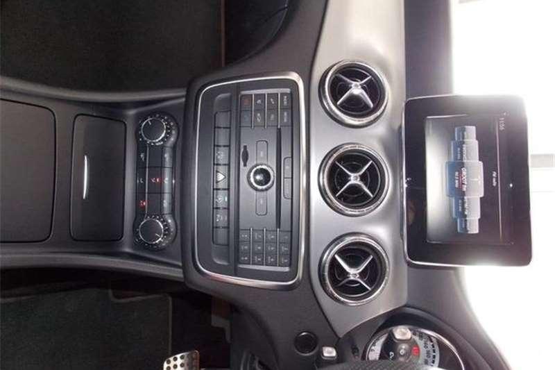 Mercedes Benz CLA 220d 2015