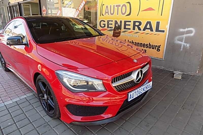 Mercedes Benz CLA C200 2016