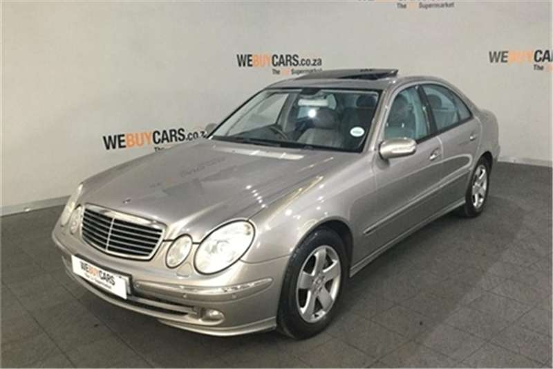 2005 Mercedes Benz E-Class sedan