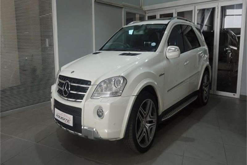 Mercedes Benz ML 63 AMG 2010