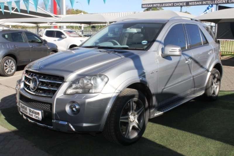 Mercedes Benz ML 63 AMG 2011