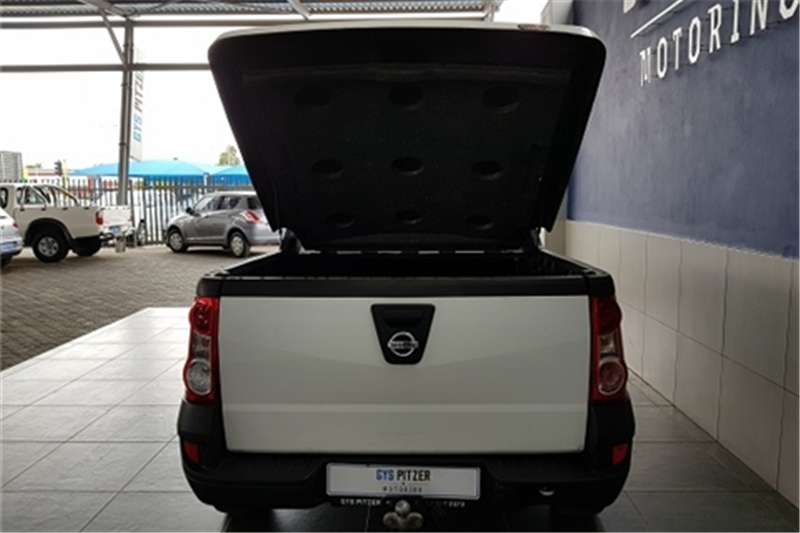 2015 Nissan NP200 1.5dCi pack