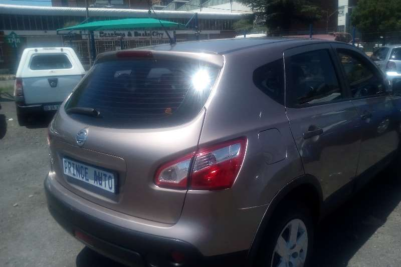 Nissan Qashqai 1.2T Acenta 2012