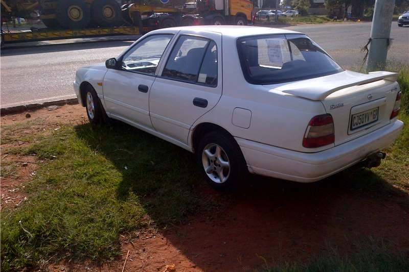 2000 nissan sentra 160si cars for sale in gauteng r 40 000 on auto mart. Black Bedroom Furniture Sets. Home Design Ideas