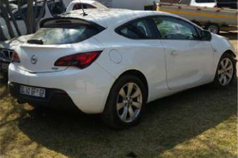 2013 Opel Astra Gtc 1 4 Turbo Accident Damaged Cars For Sale In