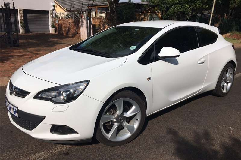 Exceptional Opel Astra GTC 1.6 Turbo Sport 2014