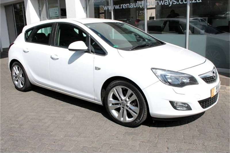 Opel Astra hatch1.6 Turbo Sport 2011