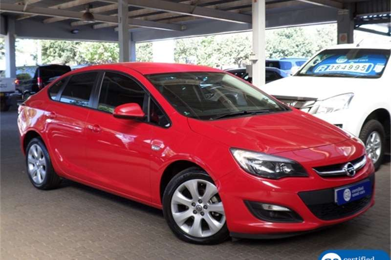 Opel Astra sedan 1.4 Turbo Enjoy auto 2015