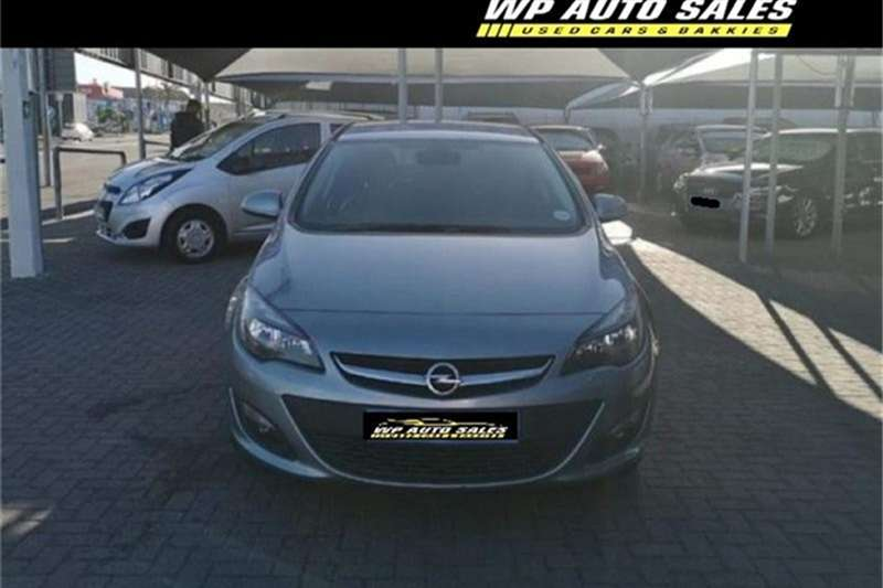Opel Astra sedan 1.4 Turbo Enjoy auto 2015