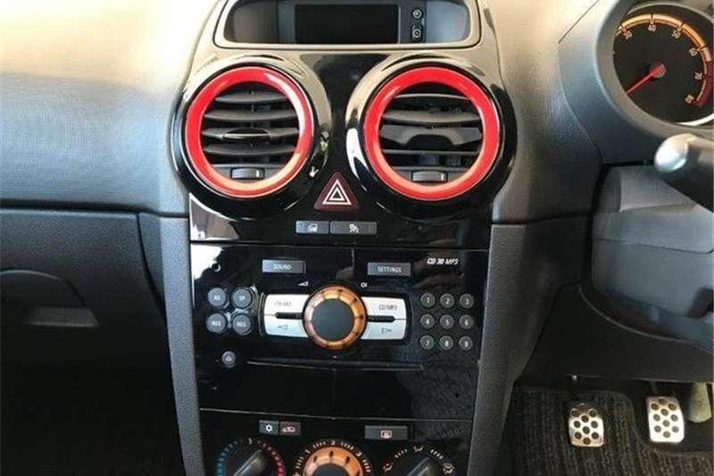 Opel Corsa 1.4 Colour Edition 2012