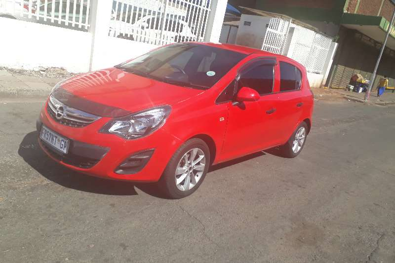 Opel Corsa 1.4 Colour Edition 2014