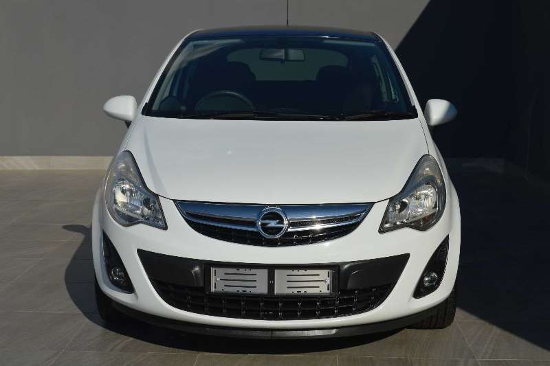 Nice Opel Corsa 1.4 Sport 3dr 2011