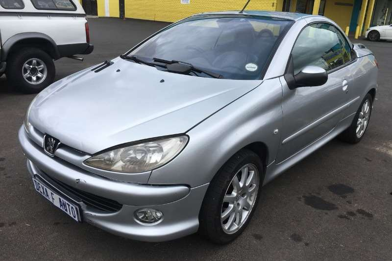 2007 peugeot 206 cc 2 0 convertible fwd cars for sale in gauteng r 74 999 on auto mart. Black Bedroom Furniture Sets. Home Design Ideas
