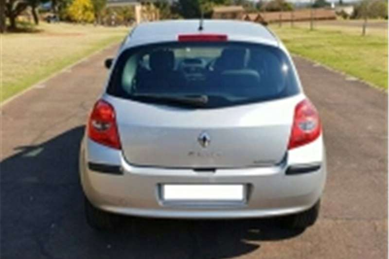 2007 renault clio 3 cars for sale in freestate r 35 500 on auto mart. Black Bedroom Furniture Sets. Home Design Ideas