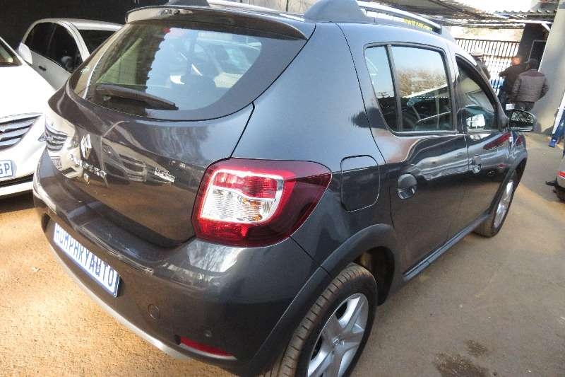 Renault Sandero 1.4 Turbo control effetively 2017