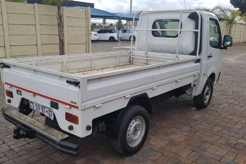 Tata Super Ace 1.4D DLE WITH RUBBERIZED LOAD BIN 2013