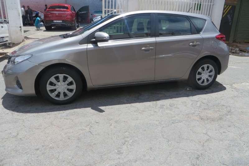 Toyota Auris 1.6 RT 2012