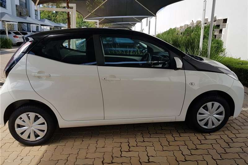 2018 toyota aygo cars for sale in gauteng r 155 000 on. Black Bedroom Furniture Sets. Home Design Ideas