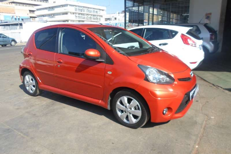 2014 Toyota Aygo hatch AYGO 1.0  X  PLAY (5DR)