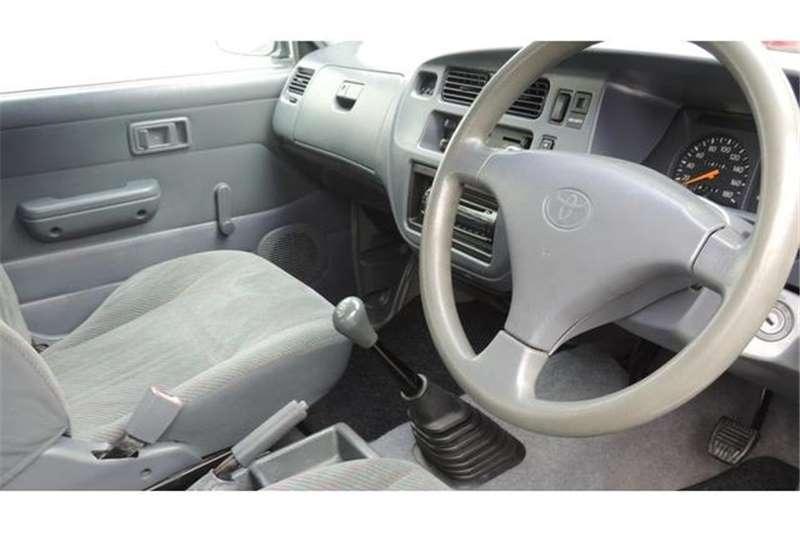Toyota Condor 2400i TE 2002