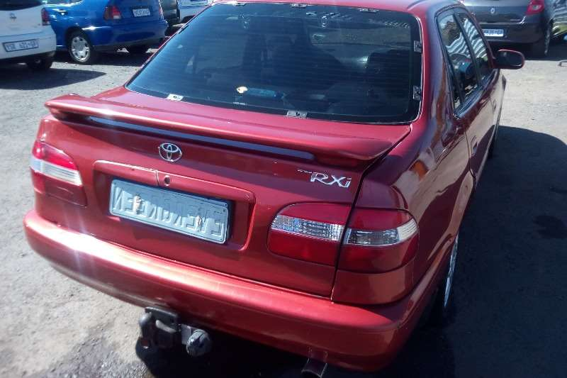 Toyota Corolla 2.0 Exclusive 2004