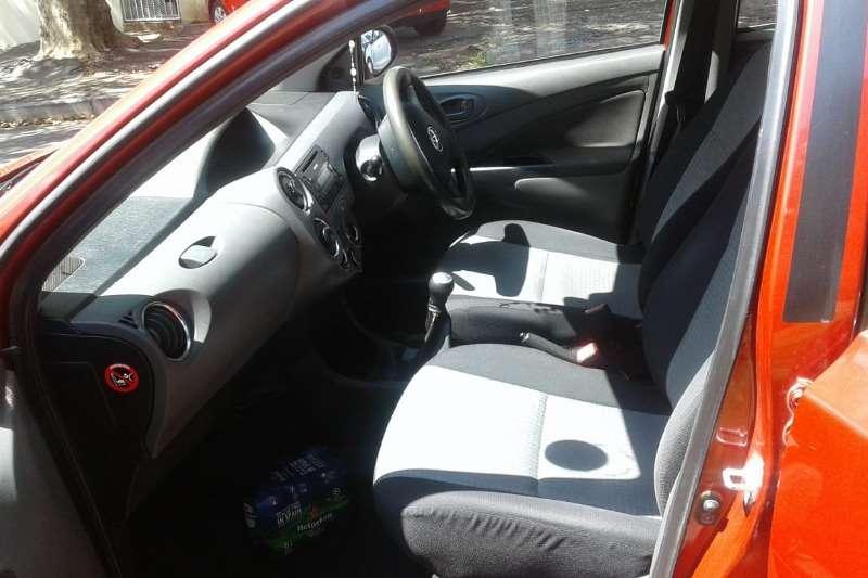 Toyota Etios 1.5 2015