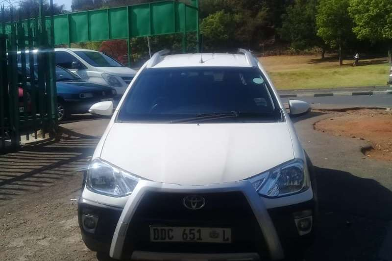2014 Toyota Etios Cross