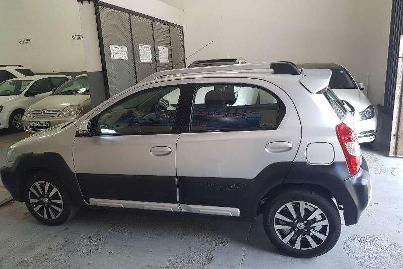 Toyota Etios Cross 1.5 Etios maxx 2016