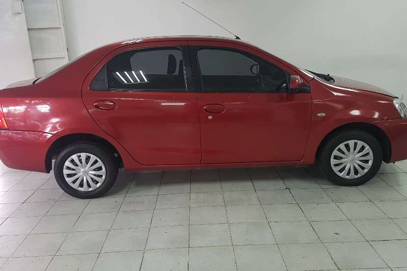 2016 Toyota Etios sedan 1.5 Sprint