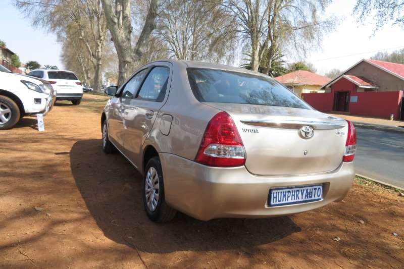 Toyota Etios sedan 1.5 Sprint 2013