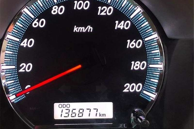 Toyota Fortuner 2.5D 4D 2011