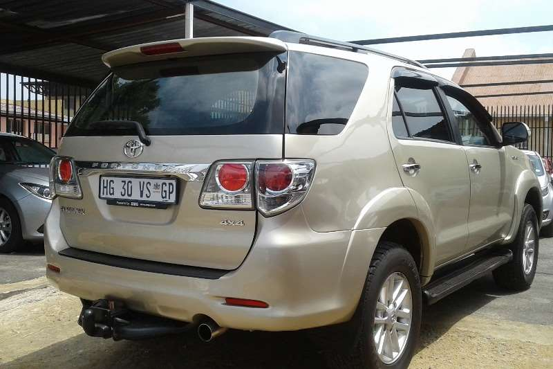 2013 toyota fortuner 3 0d 4d crossover   rwd    manual   cars for sale in gauteng