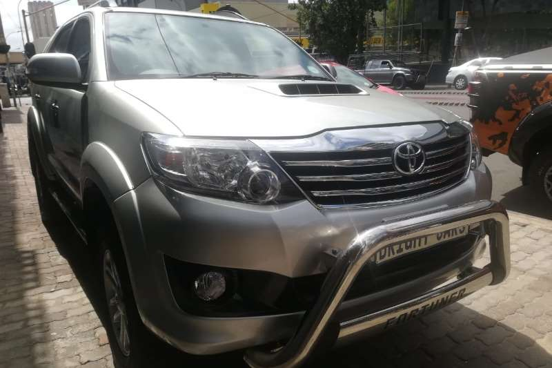 Toyota Fortuner 3.0D 4D 4x4 2013