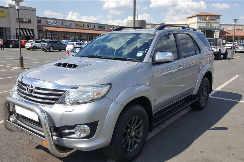 2015 Toyota Fortuner 3 0D 4D 4x4 Epic Crossover SUV Diesel AWD