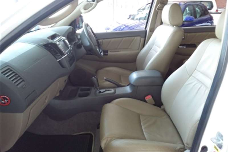 Toyota Fortuner 3.0D-4D automatic 2012