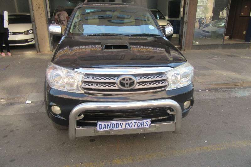 2010 Toyota Fortuner 3.0D 4D Heritage Edition
