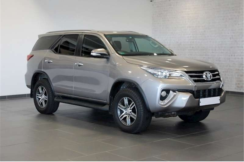 Toyota Fortuner 2.8GD 6 4x4 auto
