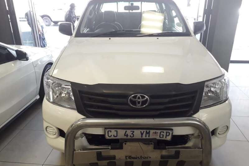 Toyota Hilux 2.4GD-6 double cab 4x4 SR 2012
