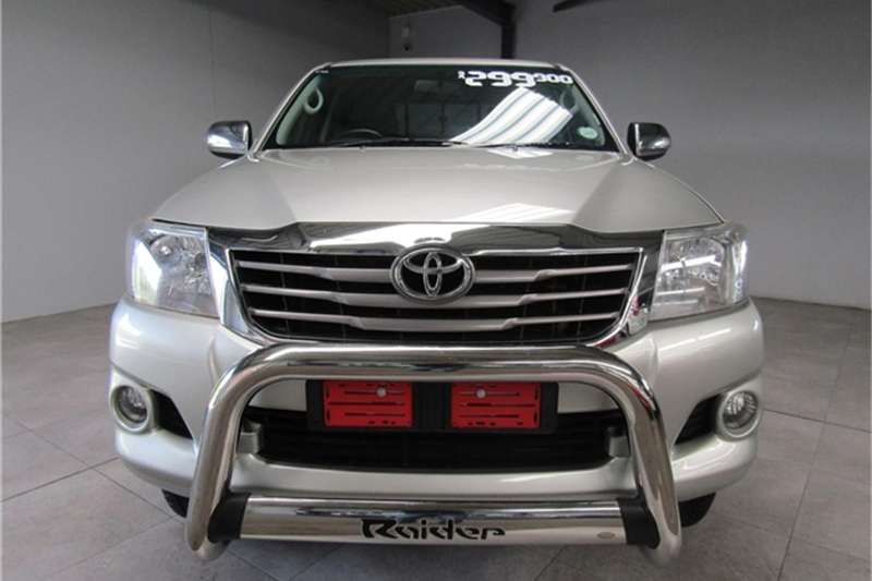 Toyota Hilux 2.7 double cab Raider 2014