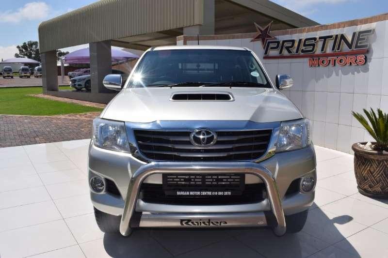 Toyota Hilux 3.0D 4D double cab Raider auto 2014